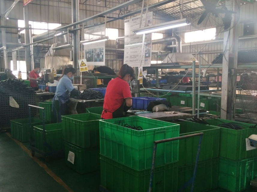 auto rubber parts factory
