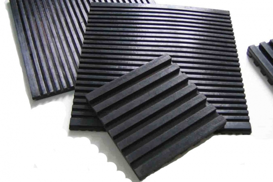 Anti vibration Rail Track Damping Pad rubber rail pad/railway crossing mat/railway fastening